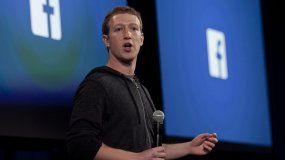 Mark Zuckerberg se disculpa por la filtración de datos de los usuarios de Facebook
