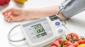 En consulta con el Dr. Misael González: La hipertensión arterial