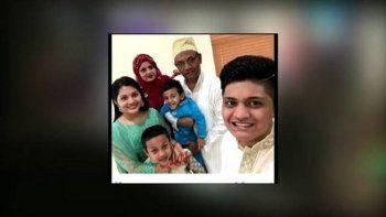 Elama Aliy sus tres hermanos dijeron adiós a su padre, Ayub Ali, quien fue asesinado a tiros en North Lauderdale.