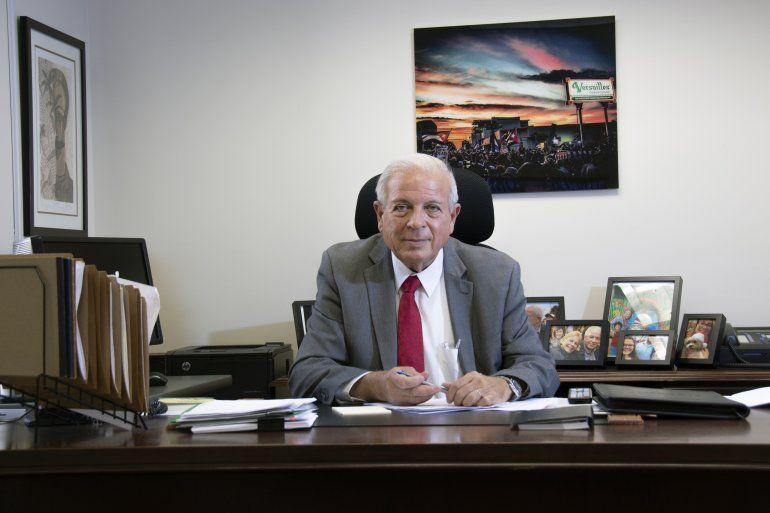 El director de la Oficina de Transmisiones a Cuba, Tomás Regalado.
