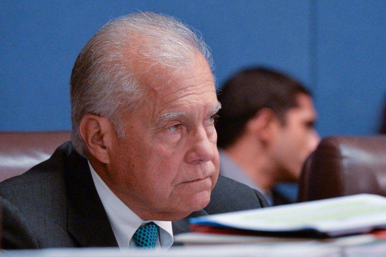El comisionado Javier Souto, del distrito 10.