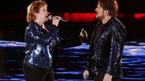 El dúo Pimpinela, conformado por los hermanos Lucía y Joaquín Galán, durante una actuación en Chile el pasado diciembre.