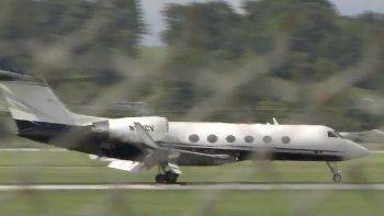 La avioneta aterrizó sin problemas en el aeropuerto de Nueva York.