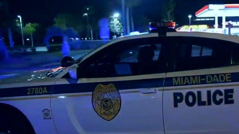 La Policía de Miami-Dade pidió a los conductores que evitaran el área.