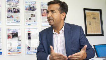El representante republicano Carlos Curbelo aspira a reelegirse por el distrito 26.
