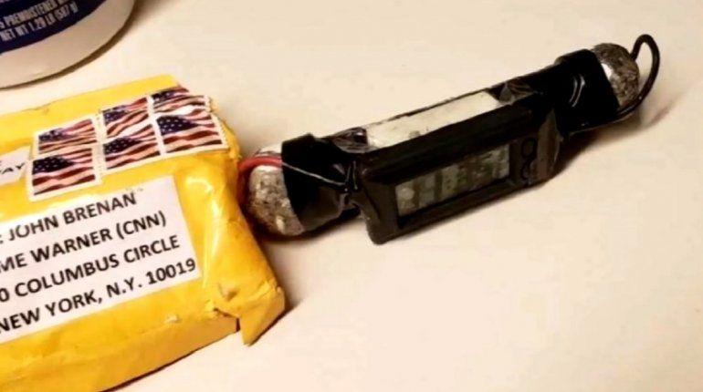 Vista de uno de los artefactos enviados por correo a personalidades del Partido Demócrata en EEUU.
