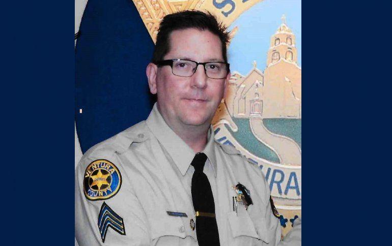 Imagen sin fechar facilitada hoy, 8 de noviembre de 2018, que muestra al ayudante del sheriff Ron Helus, del Departamento de Policía del condado de Ventura, California (Estados Unidos).