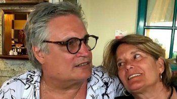 El cautautor cubano Amaury Pérez y su esposa, Peti González, en una imagen tomada de su página de Facebook.