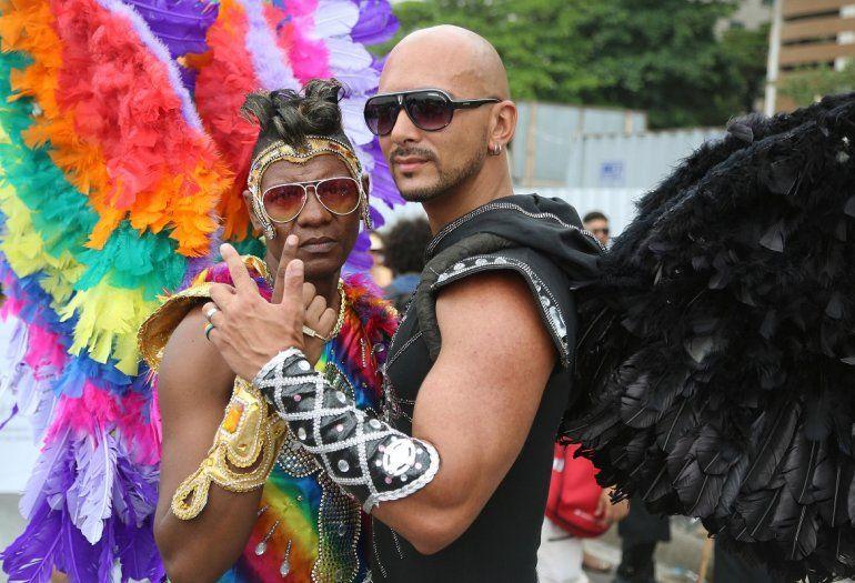 mujeres brasilenas para matrimonio parejas gays