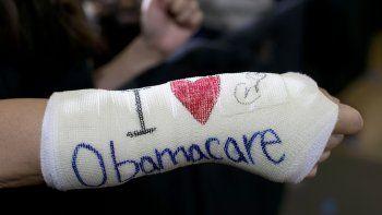 La decisión crea incertidumbre sobre la cobertura médica de unos 20 millones de personas.
