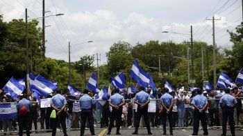Oposición llama a nuevo paro nacional para exigir salida de Daniel Ortega.