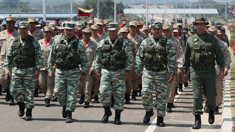 La Fuerza Armada Nacional Bolivariana (FANB) realizó este martes un ejercicio cívico-militar en el paso fronterizo de Tienditas