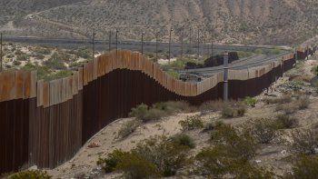 Imagen de archivo de un tramo del muro fronterizo que separa a EEUU de la comunidad de Santa Teresa, en el estado de mexicano de Chihuahua.