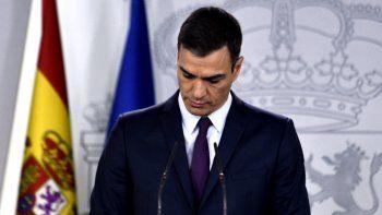 El presidente del Gobierno, Pedro Sánchez, anuncia que habrá eleciones generales el 28 de abril de 2019.