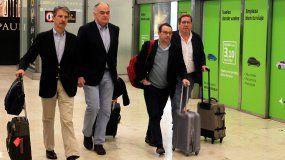 En el grupo figuraban Esteban González Pons, portavoz de la delegación española del Partido Popular en el Parlamento Europeo (PE); Esther de Lange, vicepresidenta del Grupo del Partido Popular Europeo (PPE) y Paulo Rangel, vicepresidente del Grupo PPE y tesorero.