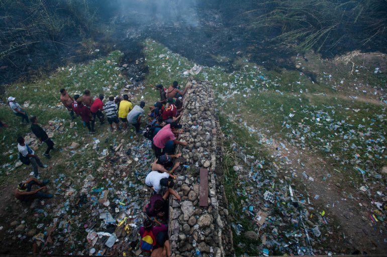 Los episodios de violencia se repitieron en los dos lados de la frontera, con especial gravedad en el venezolano.