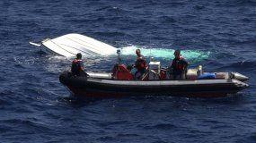 Imagen de archivo que muestra una embarcación tras un naufragio en el Mar Caribe.