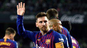 El argentino mandó el balón a una escuadra y festejó así que, con 674 partidos oficiales como barcelonista, iguala en esa estadística a Andrés Iniesta y ya solo tiene por delante a Xavi Hernández (767).