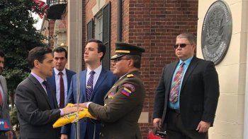 Carlos Vecchio tomó el control de tres sedes diplomáticas en Washington y Nueva York.