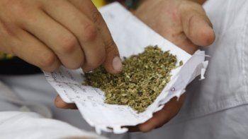 Ya es legal fumar marihuana medicinal en Florida.