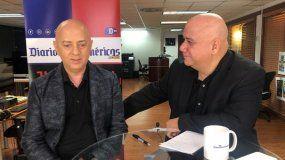 Juan Juan Almeida entrevista a Osvaldo Fructuoso Rodríguez Jiménez, el hijo de uno de los mártires del Humboldt 7, asesinados por la dictadura de Fulgencio Batista en Cuba en 1957.