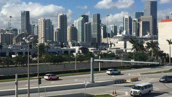 Vista de la ciudad de Miami, una de las urbes con mayor desarrollo en el mercado inmobiliario en el sur de la Florida.