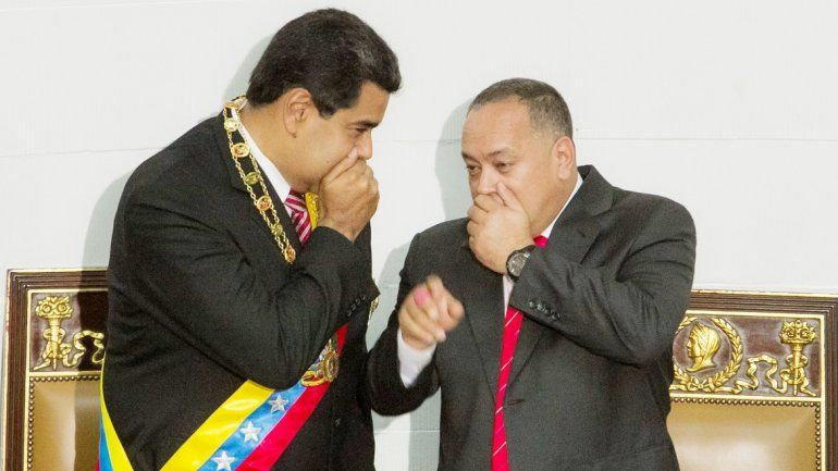 El dictador venezolano Nicolás Maduro y el presidente de la ilegítima Asamblea Nacional Constituyente, Diosdado Cabello.