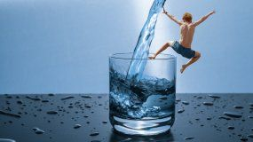 Crean dispositivo para que miles de personas tengan acceso al agua potable