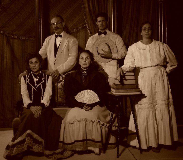 <i>La bayamesa</i>, del dramaturgo cubano Abel González Melo, con dirección de Mario ErrSánchez, es la propuesta de Teatro Avante.