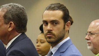 Fotografía de archivo fechada el 8 de abril de 2019 del actor mexicano Pablo Lyle en una corte en Miami-Dade, Florida, acusado de homicidio.