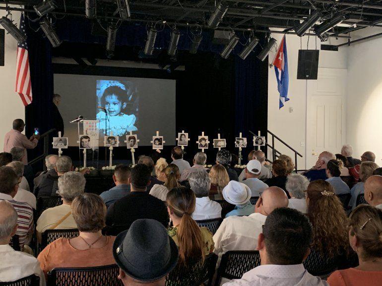 Aspecto del acto de conmemoración de los 25 años del trágico desenlace del remolcador 13 de Marzo.