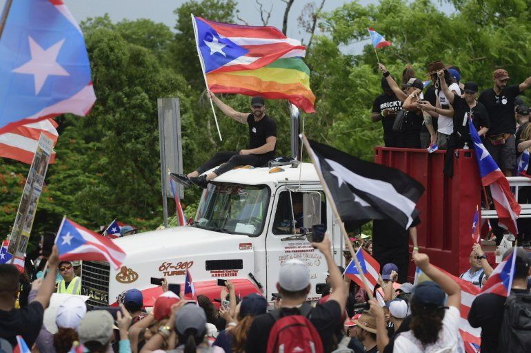 Image result for marcha puerto rico contra ricardo rossello