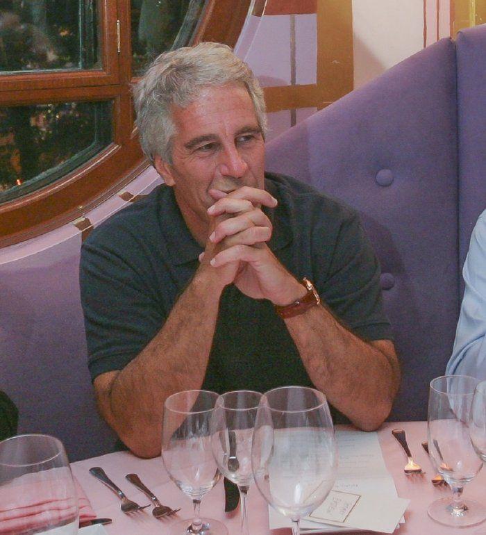 Jeffrey Epstein, magnate y <i>broker</i> estadounidense, se suicidó en su celda a los 66 años, la noche del 9 de agosto de 2019.