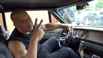 Vin Diesel también estará de vuelta junto con Charlize Theron, Helen Mirren, Michelle Rodríguez, Jordana Brewster, Chris Ludacris Bridges, Tyrese Gibson, Nathalie Emmanuel, así como el recién llegado John Cena.
