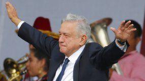 El presidente de México Andrés Manuel López Obrador celebraba el primer aniversario de su elección, en la plaza del Zócalo en la Ciudad de México.