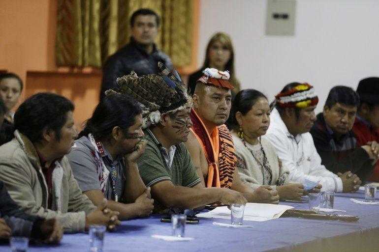 Líderes indígenas acuden a una mesa de diálogo con el presidente Lenín Moreno en Quito