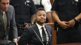 El actor Cuba Gooding Jr. comparece en la corte para enfrentar nuevos cargos de conducta sexual inapropiada, el martes 15 de octubre del 2019 en Nueva York.