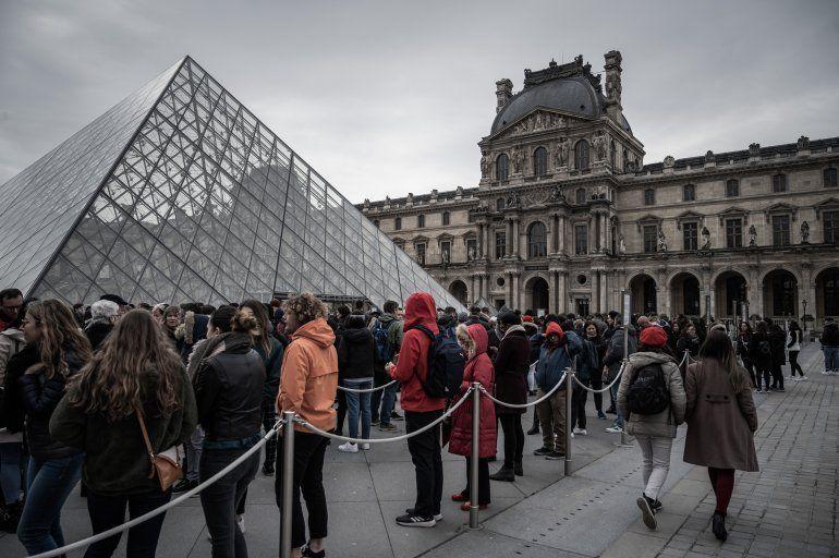 El museo del Louvre reabre el lunes en modo poscovid-19   Museo ...