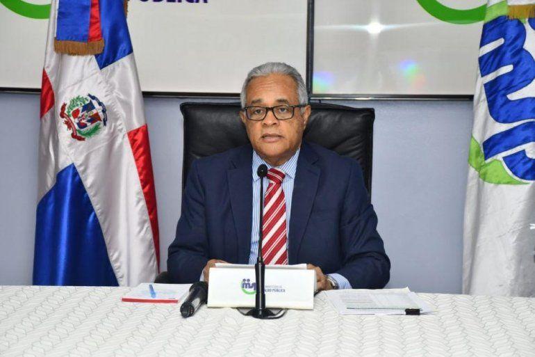 Ministro Salud en República Dominicana llama a combatir COVID-19 ...
