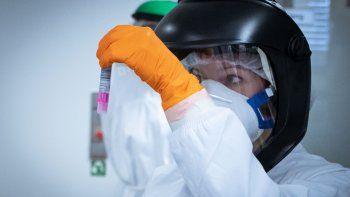 La pandemia de coronavirus supera el millón de contagios y deja más de 51.000 muertos. La pandemia de coronavirus, que se originó el pasado mes de diciembre en la ciudad china de Wuhan, ha superado ya el millón de contagios y ha dejado por el momento un total de 51.485 fallecidos en más de 180 países.