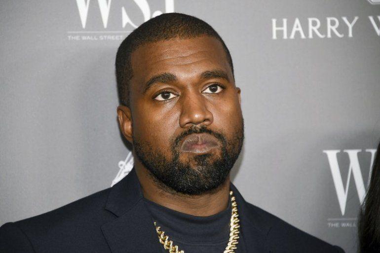 Rapero Kanye West llora en lanzamiento de su candidatura | Kanye ...