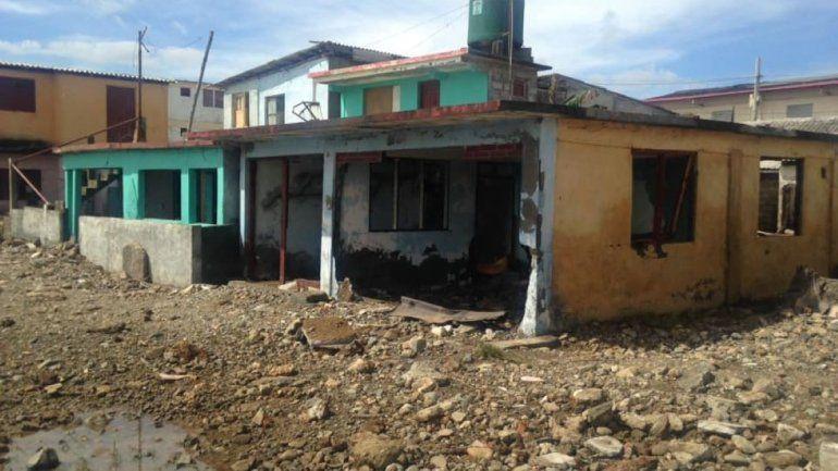 Von Hurrikan Isaias angerichete Schäden in Baracoa | Bildquelle: https://www.diariolasamericas.com/america-latina/cuba-isaias-causa-destrozos-el-litoral-baracoa-n4204247 © Claudia Rafaela Ortiz Alba / Facebook | Bilder sind in der Regel urheberrechtlich geschützt