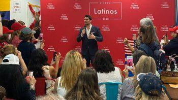 El actor y cineasta Eduardo Verastegui, asesor de la Casa Blancaen la Iniciativa para la Prosperidad Hispana en un evento de campaña en la cudad de Miami.