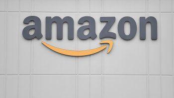 El logo del gigante minorista estadounidense Amazon.