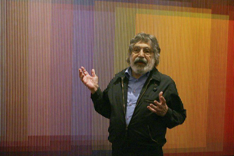 La obra de Cruz-Diez es ampliamente conocida por sus experimentos con el color