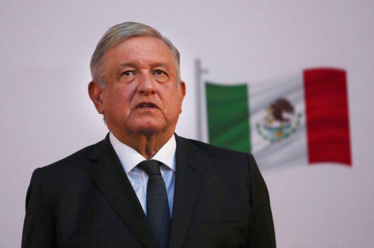 El presidente mexicano Andrés Manuel López Obrador encabeza la ceremonia por el segundo año de su gobierno