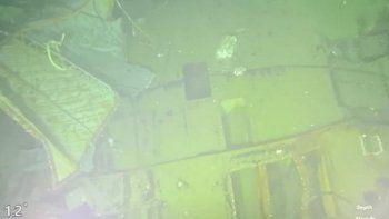 Imagen sin fecha proporcionada el domingo 25 de abril de 2021 por la Armada de Indonesia de partes del submarino KRI Nanggala que se hundió en el mar de Bali, Indonesia.