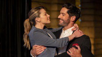 En esta imagen difundida por Netflix, Lauren German y Tom Ellis en una escena de Lucifer. La temporada final de la serie se estrena el viernes en Netflix.