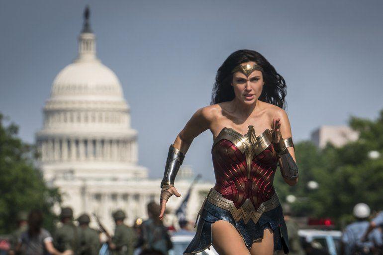 En esta imagen difundida por Warner Bros. Pictures