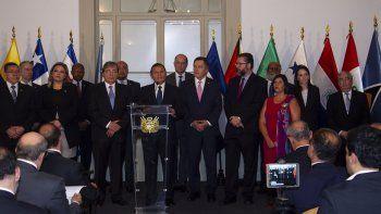 Ministros de Relaciones Exteriores y delegados del Grupo de Lima, formado por catorce países americanos contrarios al Gobierno de Nicolás Maduro, reunidos en Lima el 3 de enero de 2019.
